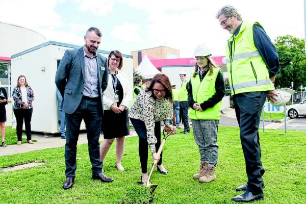 SOD TURNING: Attorney General and Northern Victoria MP Jaclyn Symes (centre) turns the first sod of the $22.9m hospital redevelopment, pictured with (from left ) Northeast Health Wangaratta board chair Jonathan Green, interim CEO Fiona Shanks, building cadet Emmeline Rocks and Zauner Construction owner Garry Zauner.